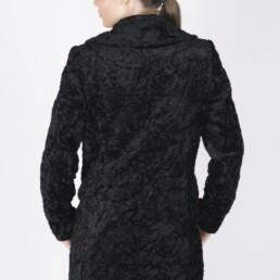 Παλτό σε κλασσική γραμμή